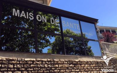 Ouverture du Pôle de Santé à Vals-les-Bains: un jeune médecin rejoint l'équipe pluridisciplinaire.