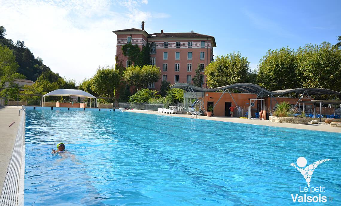 grand bassin piscine municipale vals-les-bains
