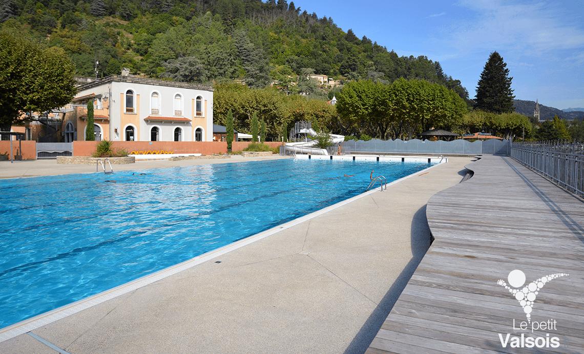 solarium piscine municipale vals-les-bains