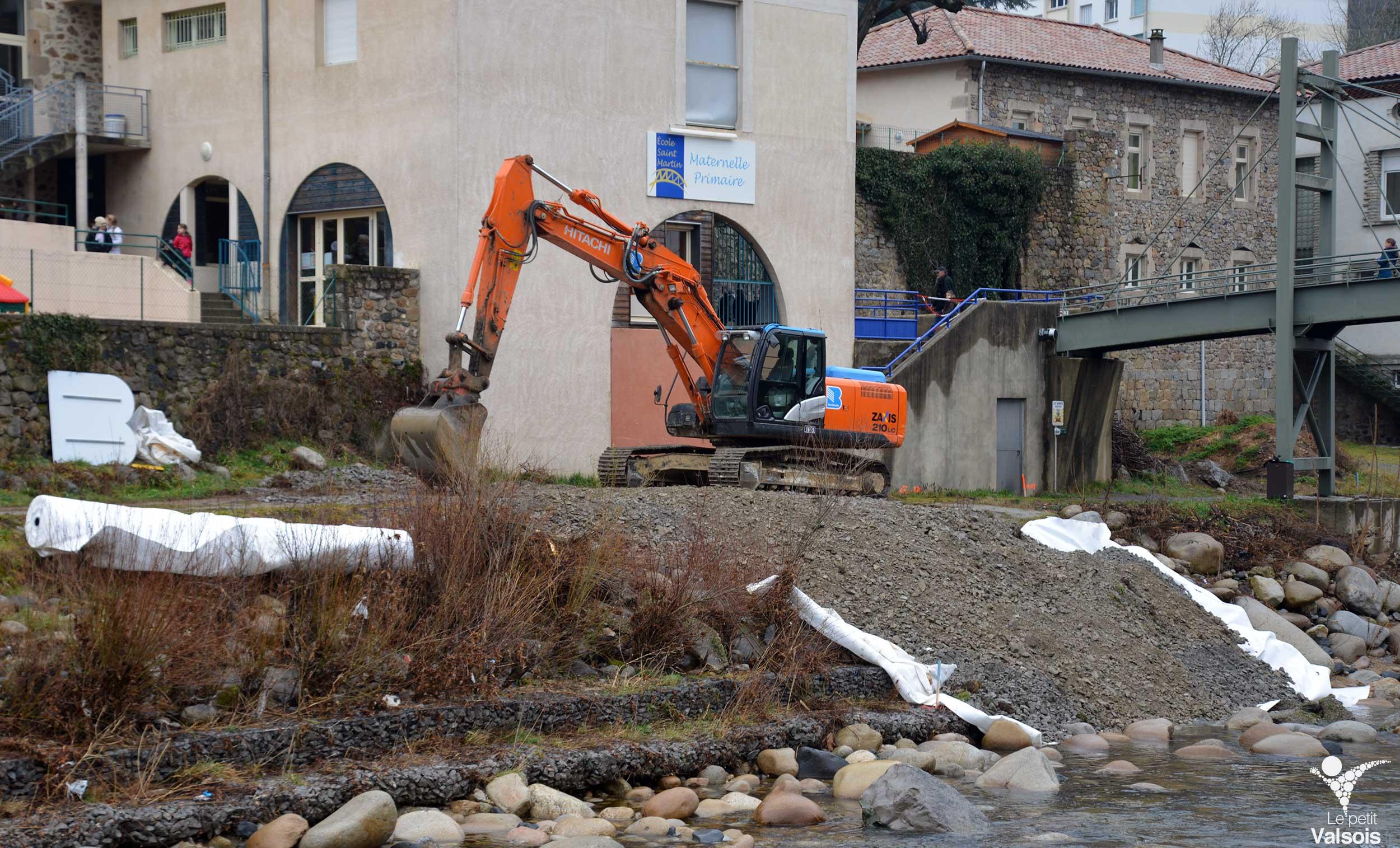 Stabilisation de la berge de la Volane vers l'école Saint Martin